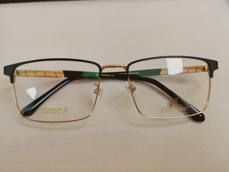 眼镜框大小选择选行吗?