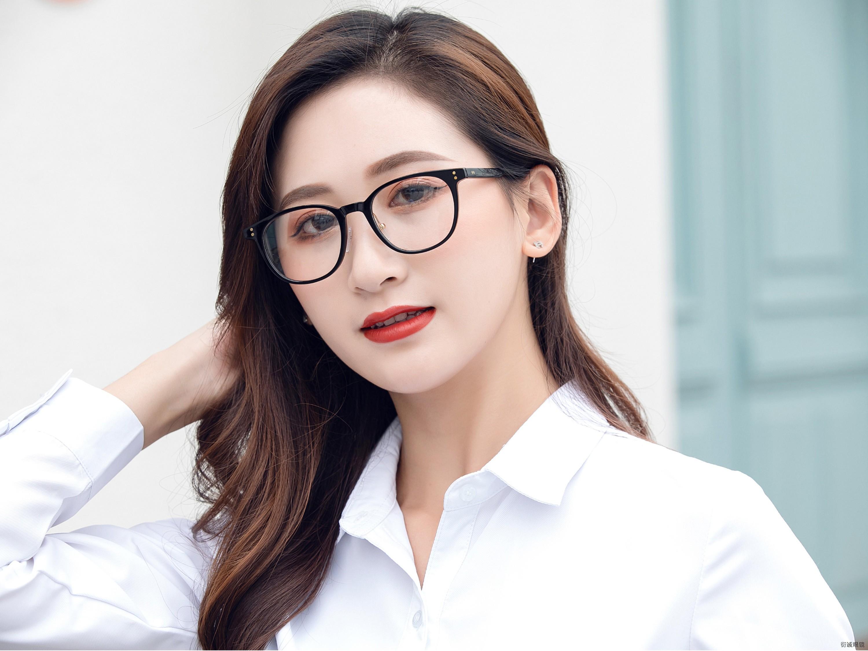 眼镜厂家:光学眼镜与普通眼镜的区别。