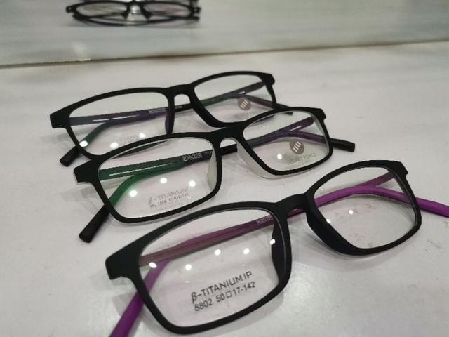 """学生配镜,父母""""头大""""?眼镜加工厂教你几招选框吧"""