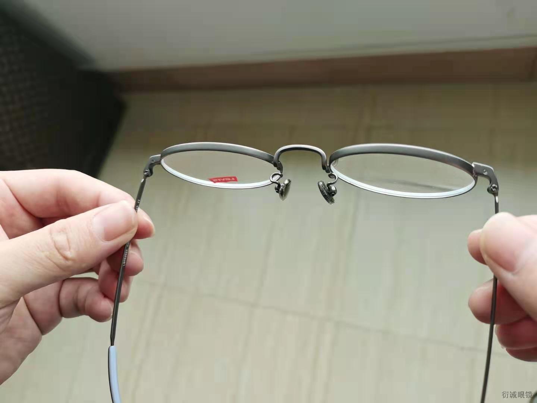 衍诚眼镜框生产厂家的一套镜框护理法